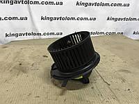 Моторчик пічки Skoda Octavia A5