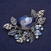 Брошь крупная Акцент в растительном дизайне со стразами и камнем цвет синий 67х45мм серебристый металл