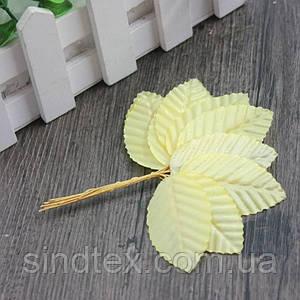 (10шт) Листочки на проволоке (цена за 10 листочков) Цвет - Молочный (сп7нг-1298)