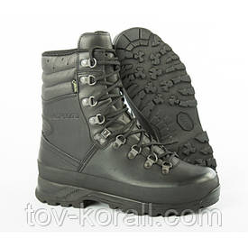 Ботинки LOWA GTX Combat Boot чёрные