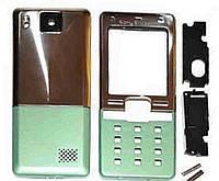 Корпус для Sony Ericsson T650i, AAA Class, серебристый с зелёным, с боковыми кнопками.