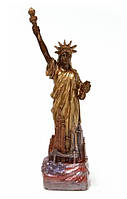 Необычный подарок. Статуя Свободы из шоколада
