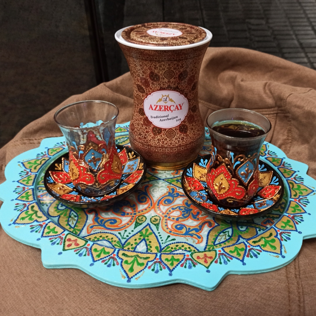 "Набір 2 лале(Армуд)+2тарілки +чай чорний ""лалє"""