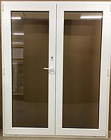 Пластиковая межкомнатная штульповая дверь белая