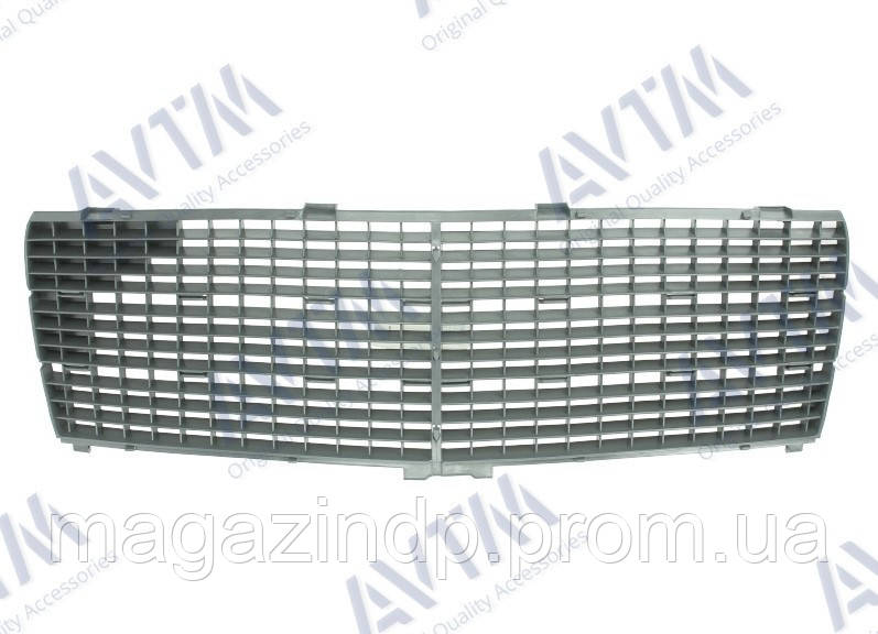Решетка радиатора Mercedes C-Class (W202) 1993-2000 Classic без хром рамки/с хром молдингами Код товара: 3799851