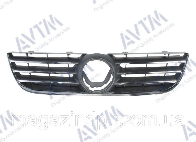Решетка радиатора Volkswagen Polo HB 2005-2009 хром./черн. Код товара: 3799895