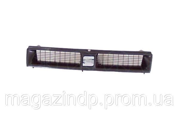 Решетка радиатора Se Toledo 1991-1995 в сборе 186615990 1L083653 Код товара: 3799913