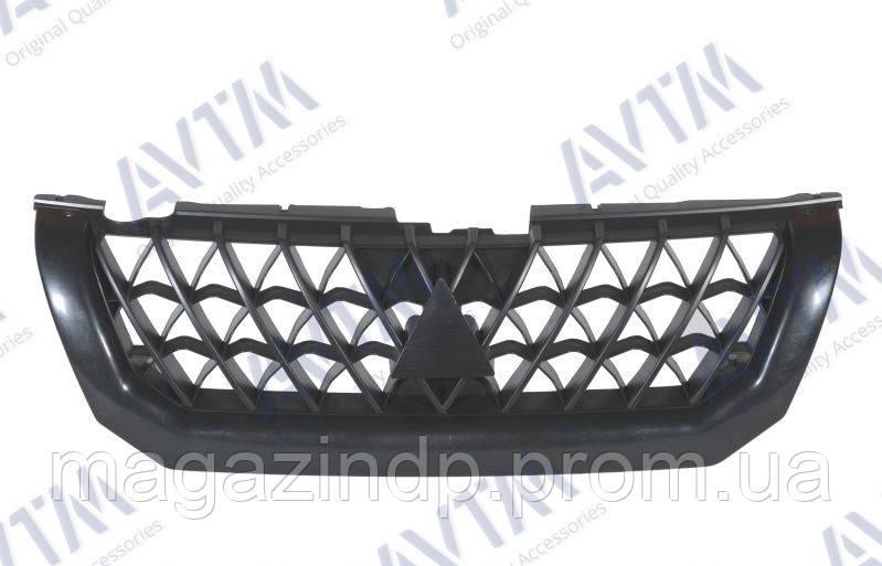 Решетка радиатора Mitsubishi Paje Sport 2000-2004 черн. MR607481 Код товара: 3799917