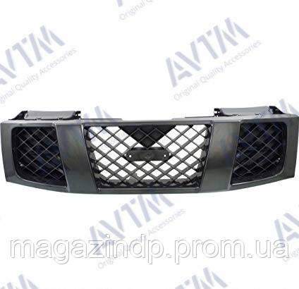 Решетка радиатора Nissan Phfinder 2005-2014 с черн.рамкой Код товара: 3799997