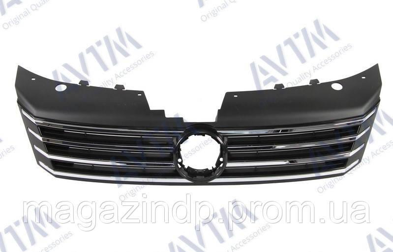 Решетка радиатора Volkswagen Pass B7 2011-2015 EUR с хром./серый металик ребрами Код товара: 3800016