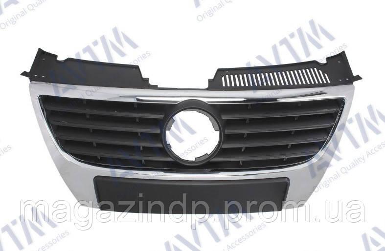 Решетка радиатора Volkswagen Pass B6 2005-2010 черн.рамка хром.ребра без отв.п/троник Код товара: 3800021