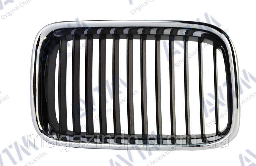 Решетка радиатора BMW 3 (e36) 1990-1996 правая хром, ребра черн. 180060992 Код товара: 3800122
