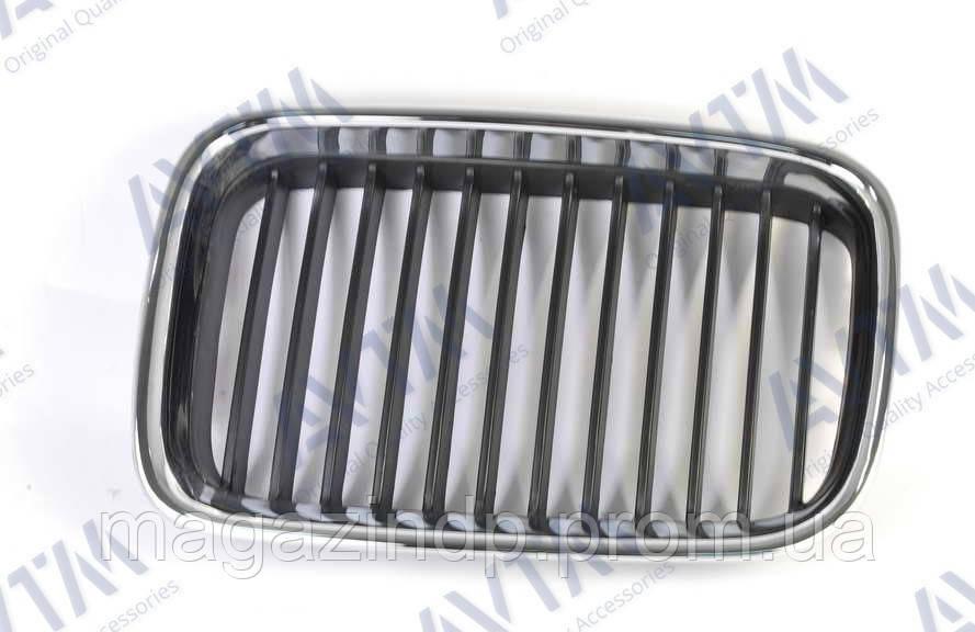 Решетка радиатора BMW 3 (e36) 1990-1996 левая хром, ребра черн. 180060991 Код товара: 3800146