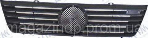 Решетка радиатора Mercedes Sprinter 1995-2000 Код товара: 3800149