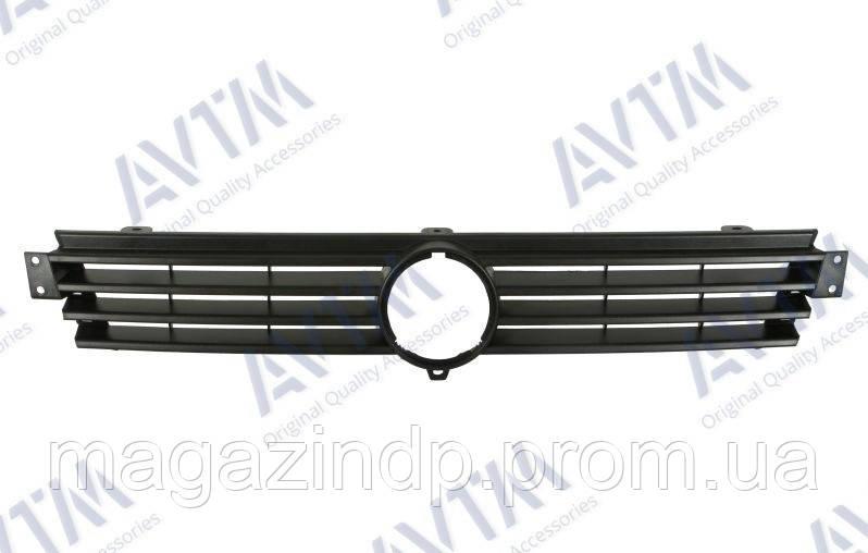 Решетка радиатора Volkswagen Caddy 1995-2004/Polo Classic+Van 1994-2001 черн. 189505990 6K5853654D Код товара: 3800156