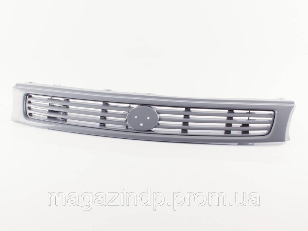 Решетка радиатора Mazda 626 (GE) 1992-1997 темно-серая Код товара: 3800214