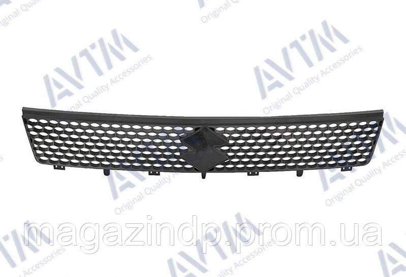 Решетка радиатора Suzuki Swift III 2005-2007 черн. Код товара: 3800251
