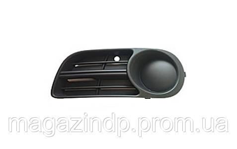 Решетка в бампер  Fabia 05-07 левая без отверстий для противотуманок 6406 911 Код товара: 3814081