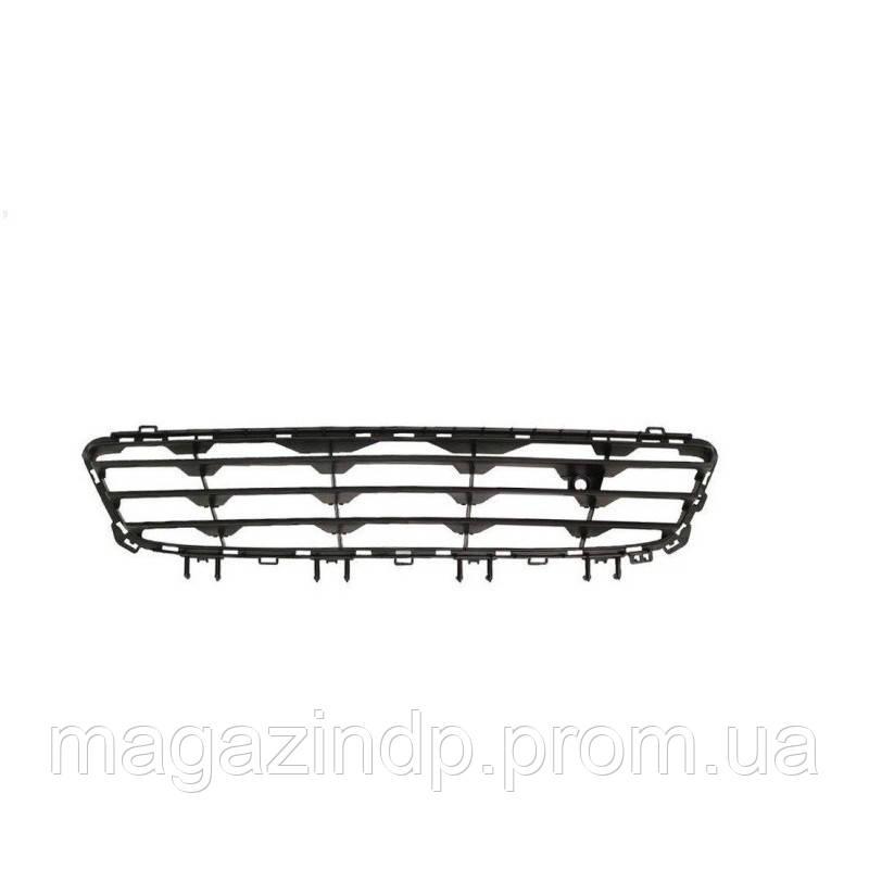 Решетка в бампер Opel Astra H 04-07 средняя  5206 992, 1400304 Код товара: 3814083