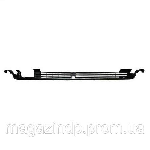 Решетка в бампер Volkswagen Golf II/ta II 1983-91 средняя  9521 997, 191853677G01C Код товара: 3814124