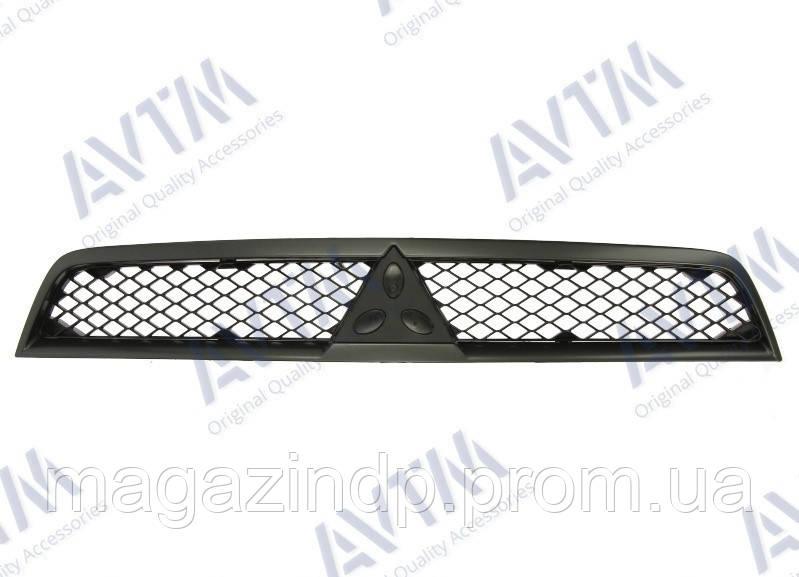 Решетка радиатора Mitsubishi Lancer X 2007-2012 верх.черн.рамка Код товара: 3814164