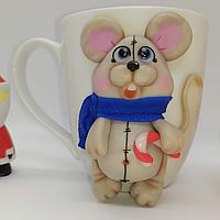 Чашка с декором мышка с канфеткой