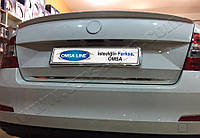 Octavia 5D/SW (2013-) Кромка крышки багажника нижняя Код товара: 3818900, фото 1