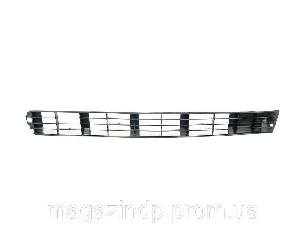 Решетка в бампер  100 90-94 левая под противотуманки длинная 0012 991-P Код товара: 3824014