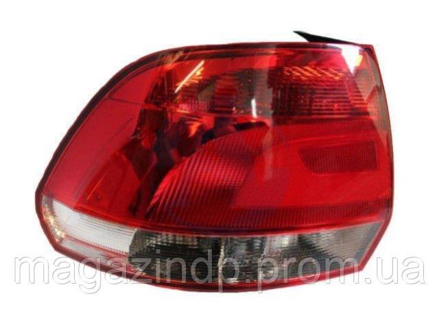 Фонарь задний Volkswagen Polo Sedan 2010-2015 левый 99451787302 Код товара: 3824070