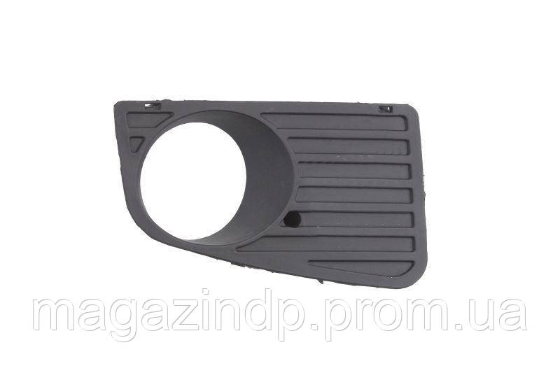 Решетка в бампер Volkswagen er 06-15 правая с отверстиями для противотуманоксерая 9563 914, 2E0807676 Код товара: 3825234