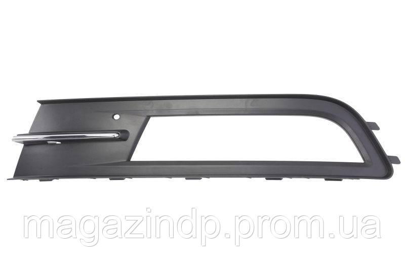 Решетка в бампер Volkswagen Pass B8 15- левая с отверстиями для противотуманок без молдинга 7434 911 Код товара: 3825310