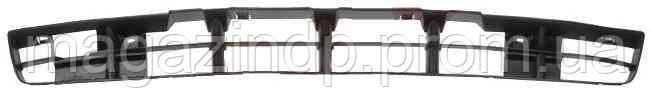 Решетка в бампер Volkswagen Pass B4 94-96 средняя  9538 991-P, 3A0853677B01C Код товара: 3825311