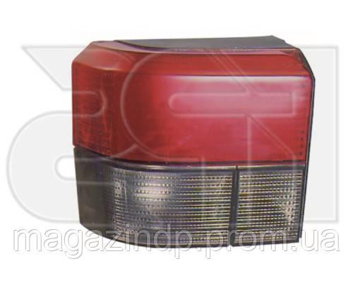 Фонарь задний Volkswagen T4 1990-2003 правый красно-дымчатый 9558 F2-P Код товара: 3825312