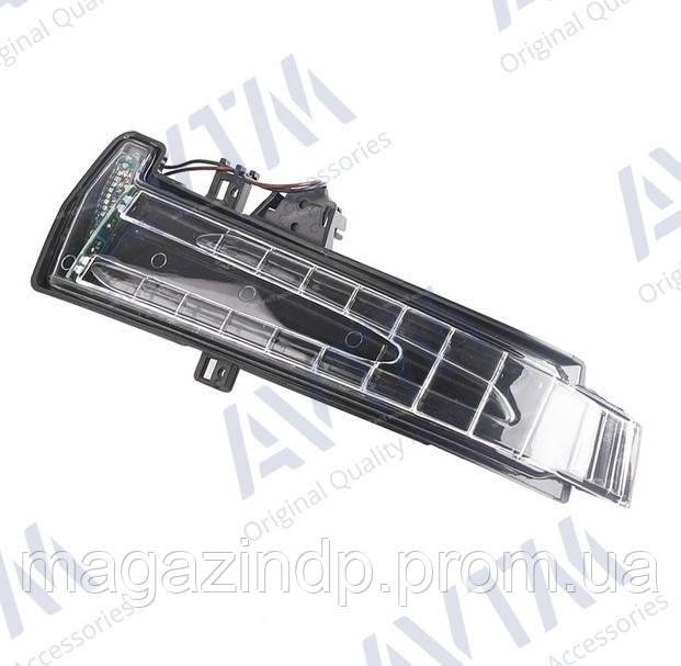 Указатель поворота Mercedes C (W204)/E (W21)/S (W221)/GLA (X156)/B (W246)/GLK (X204) левый в зеркале Код товара: 3830261