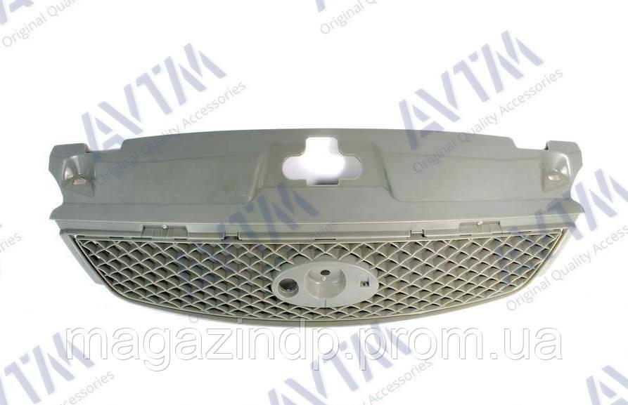 Решетка радиатора Ford Mondeo III 2004-2007 без рамки Код товара: 3830333