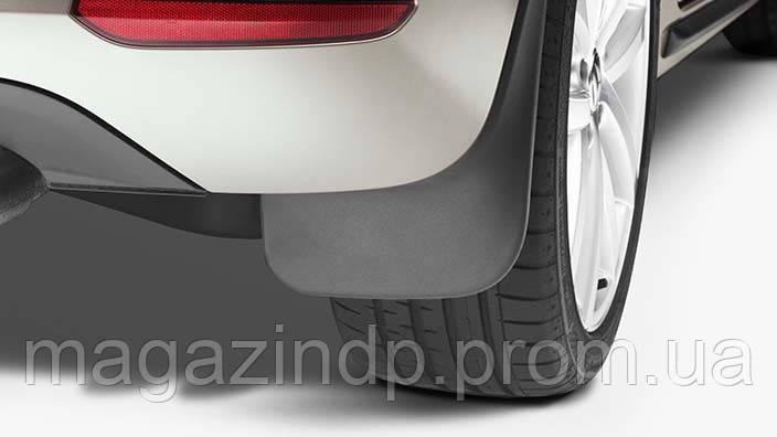 Брызговики задние для Volkswagen Golf V Varin Colf VI Vari оригинальные 2шт 1K9075101 Код товара: 4520304