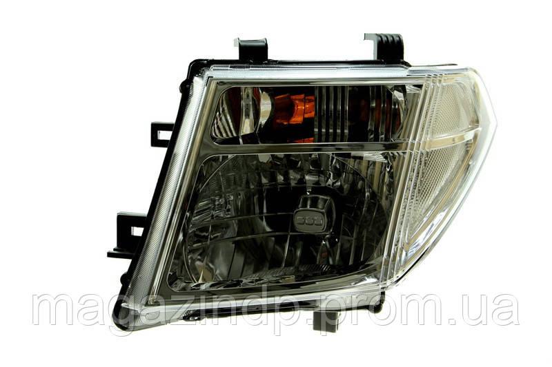 Фара передняя Nissan NP300 (D40) 2004-2007 левая/Nissan Phfinder (R51) 2005-2010 левая H4, эл./мех 215-11B2L-LD-EM Код товара: 4817593