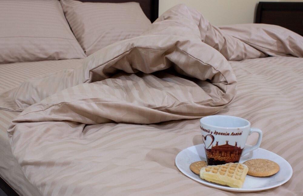 Качественное постельное бельё из страйп сатина (евро)