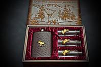 """Подарочный набор для охотника с рюмками и флягой """"Трофейный лось"""", в деревянной коробочке"""