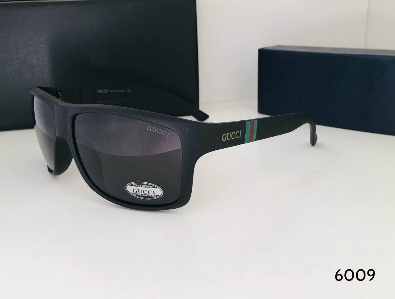 Мужские солнцезащитные  очки Gucci с поляризованными линзами черные матовая оправа Р1803