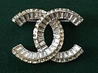 Брошь Chanel с камнями Swarovski