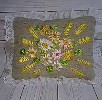 """Интерьерная подушка """"Цветы и пшеница"""""""