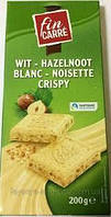 Шоколад белый с фундуком и крипсами  Weisse Crips &Nuss Fin Carre Германия 200г