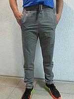 Мужские спортивные брюки Adidas серый с белым  05Б