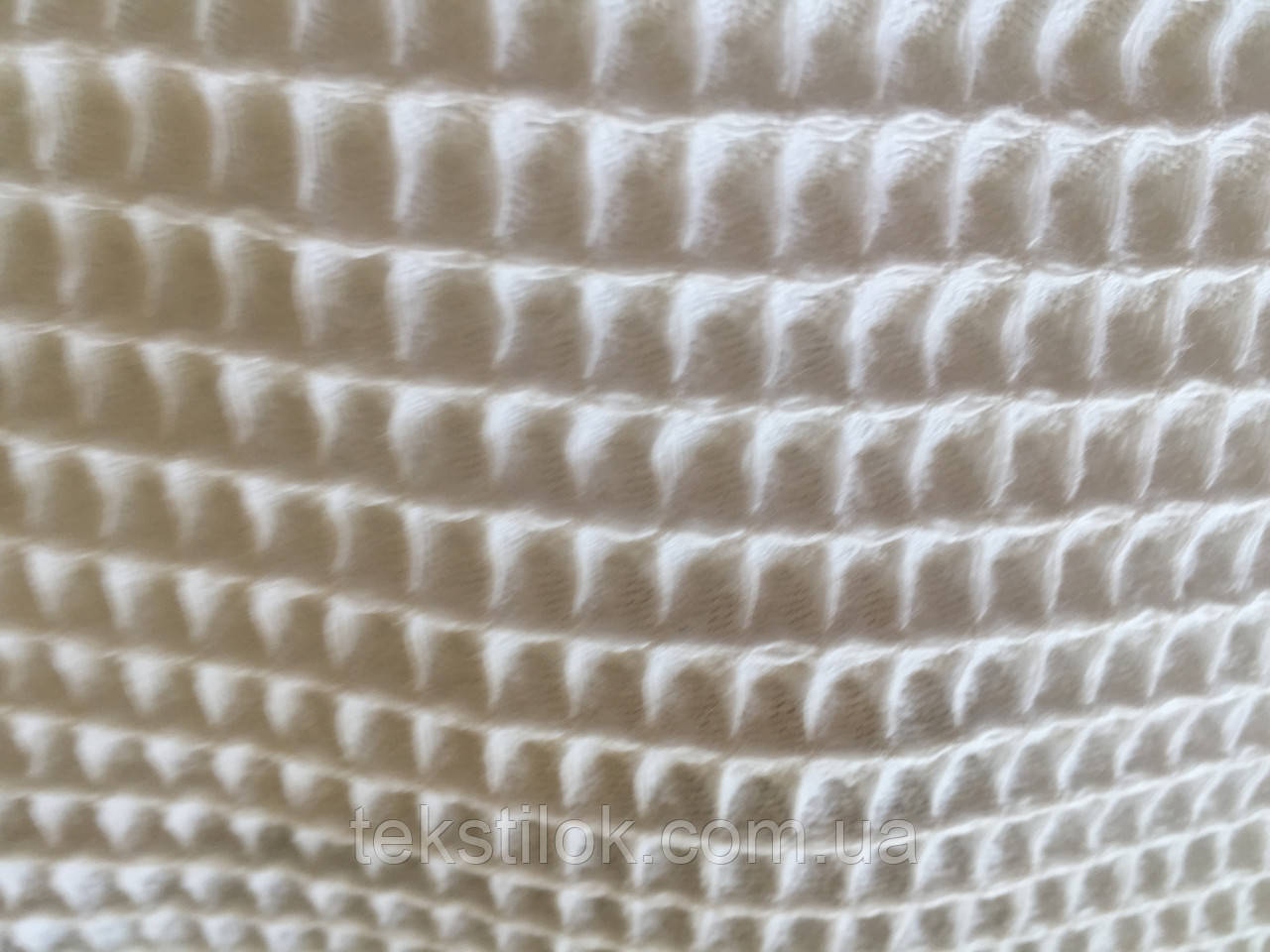 Ткань вафельная бежевая  ширина 160см