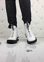 Белые женские кожаные  ботинки