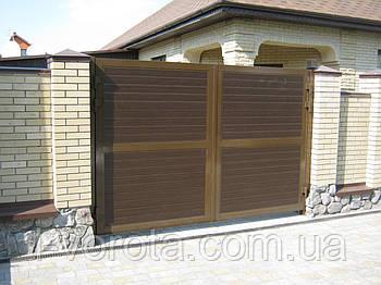 Распашные уличные ворота из сендвич-панелей DoorHan 3700*2000
