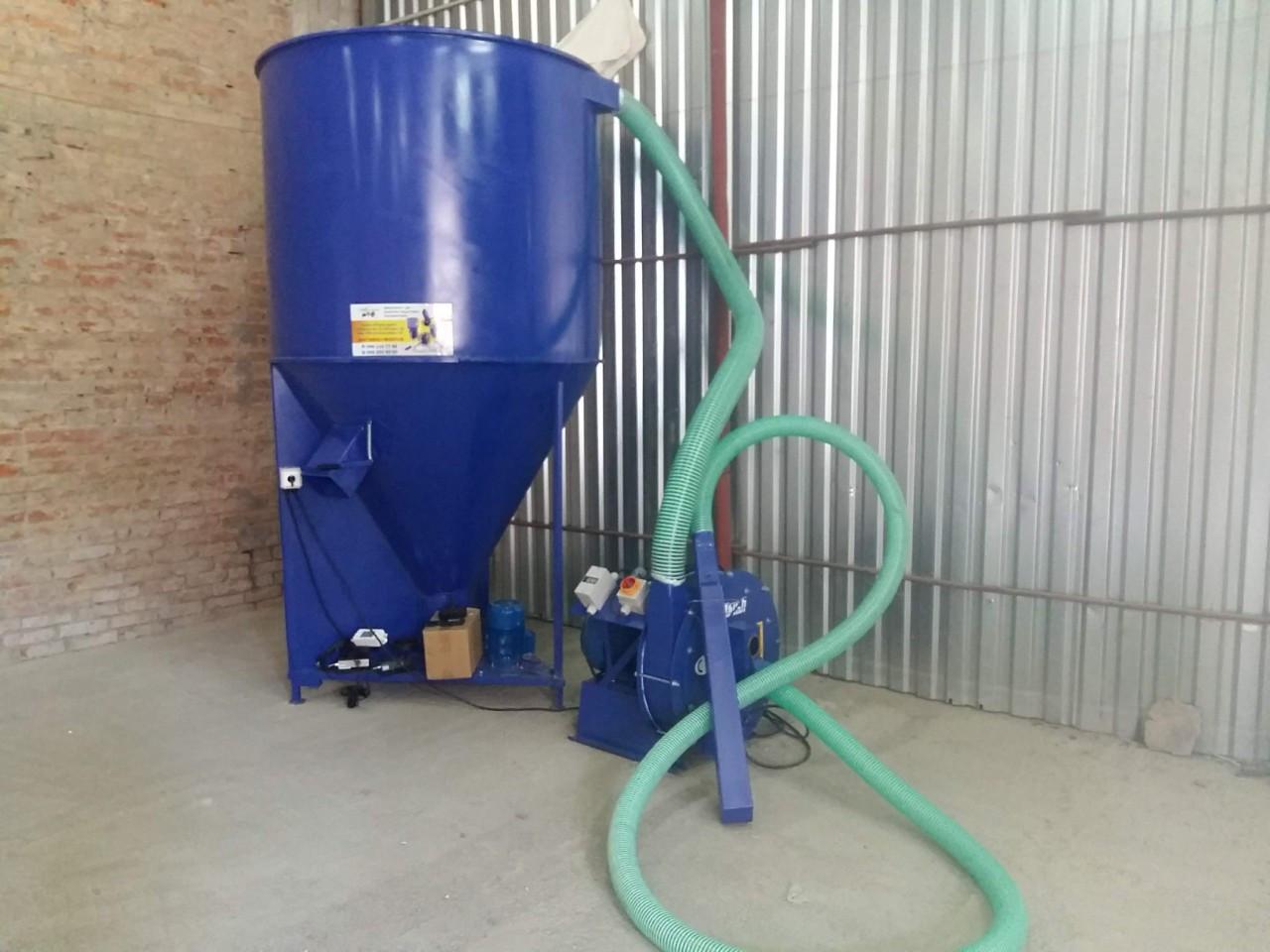 Минизавод по производству кормов (750 кг)