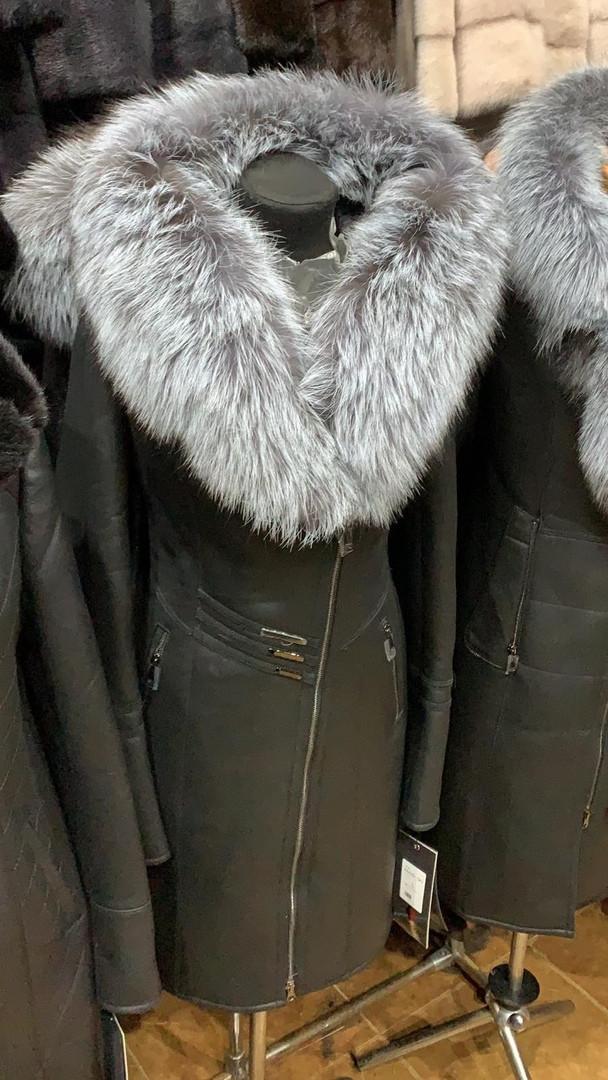 Натуральная дубленка с натуральным мехом чернобурки