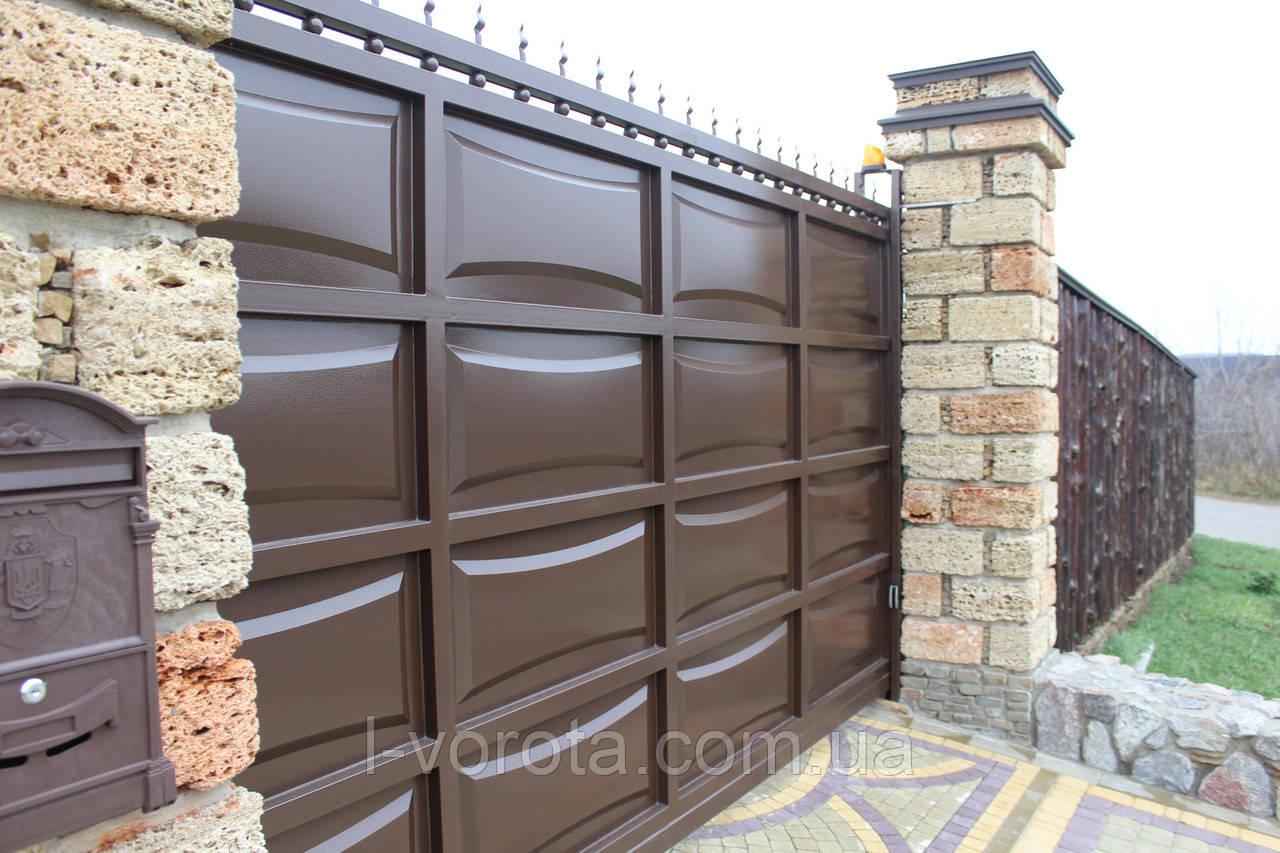 Автоматические консольные ворота ш4000, в2000 и калитка ш1000, в2000 (дизайн шоколадка, филенка линза)